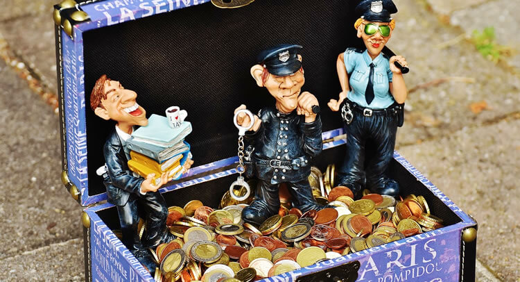 仮想通貨の税金って?